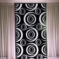 MODERN ILLUMINATED CRESCENT WALL PANEL (4FTX8FTX12IN)