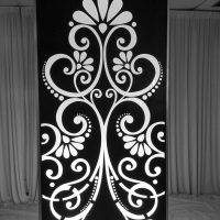 MODERN ILLUMINATED JACQUARD WALL PANEL (4FTX8FTX12IN)