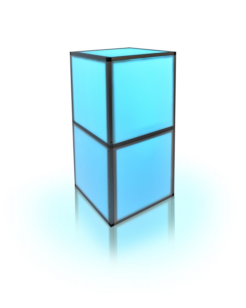 2 CUBES STACKED